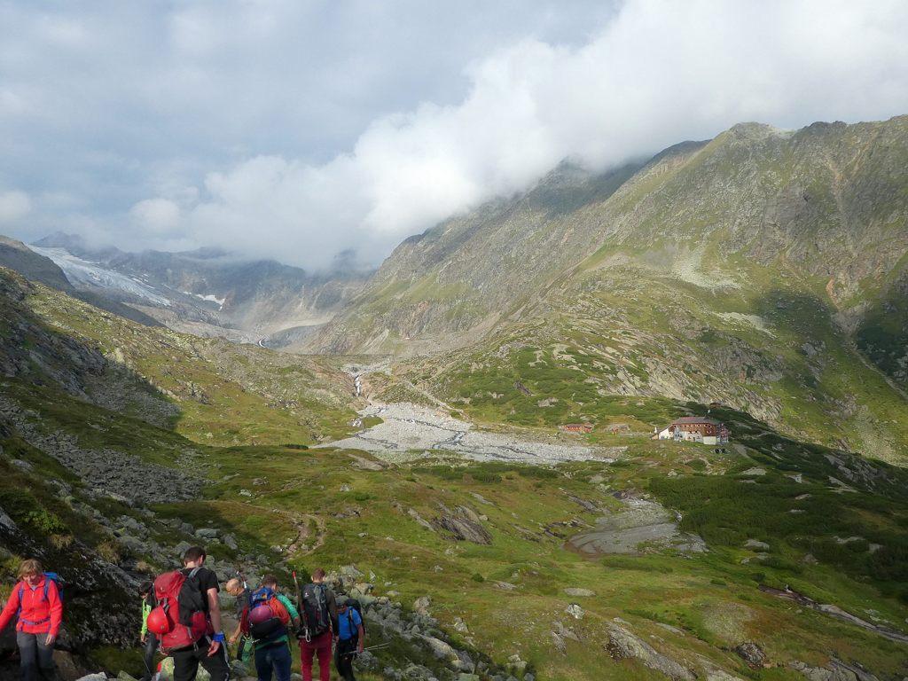 Wandern auf dem Stubaier Höhenweg, Sulzenauhütte